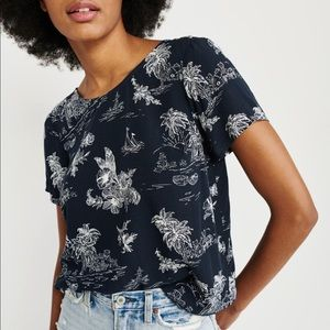 Abercrombie | Short Sleeve Button Back Tee